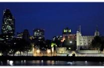 La Tour de Londres by night