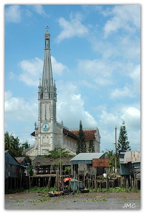 Delta du Mékong – Eglise