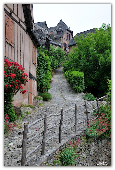 Conques – Ruelle photo