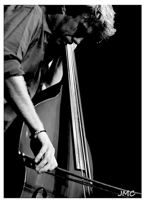 Conilhac 2011 – Kyle Eastwood 1 photo
